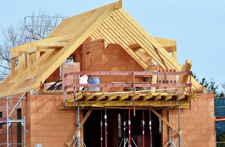 Professionnels du bâtiment : bien choisir son assurance