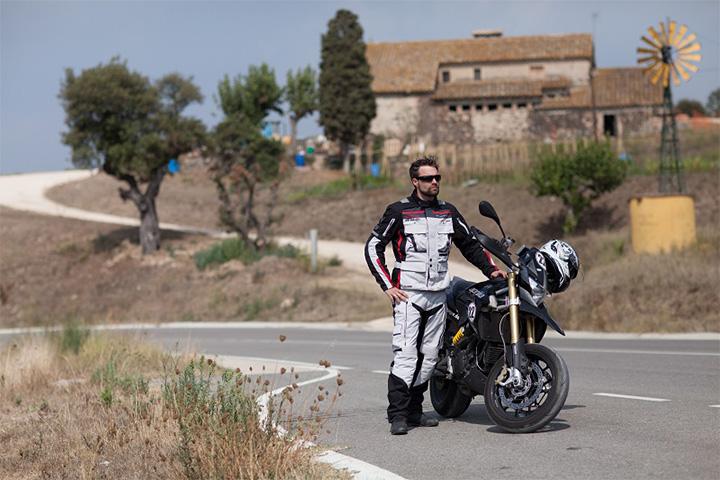 Ensemble moto touring Difi Sierra Navada